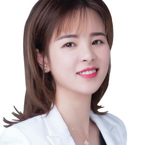 Photo of Fannie Feng